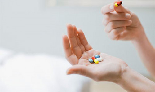 Dù biết rõ tác hại nhưng nhiều chị em vẫn sử dụng thuốc giảm cân.