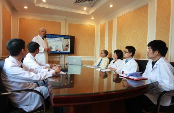 Hội thảo trao đổi chuyên môn giữa các bác sĩ và chuyên gia thẩm mỹ đầu ngành 2