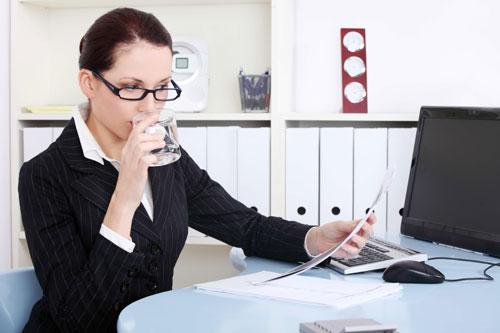 Mách nhỏ 5 mẹo giảm mỡ cho dân văn phòng