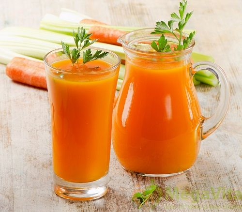 Nước detox giảm cân với sinh tố cà rốt